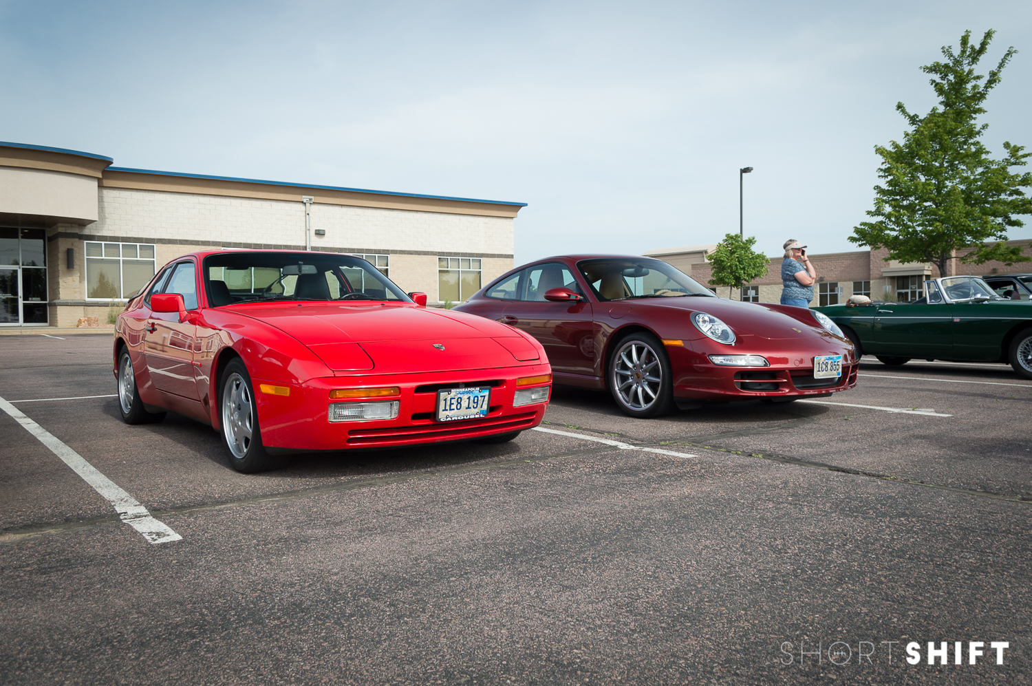 Cars & Coffee of Siouxland - June 2016-15